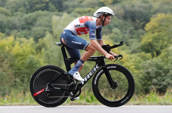 Mollema sobrevivió a un accidente en el Tour de Luxemburgo
