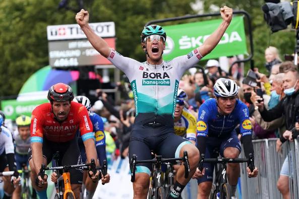 Ackerman y Schwarzman abandonan el Tour de París tras dar positivo por COVID-19