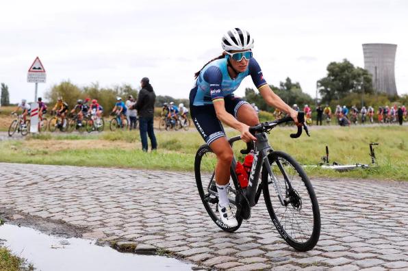 Un ciclista completo ganará el Tour de Francia femenino